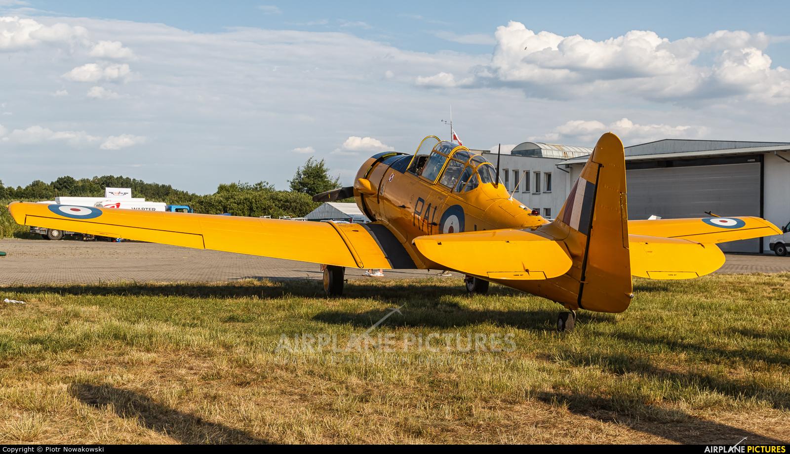 Private SP-YIX aircraft at Sobienie Królewskie
