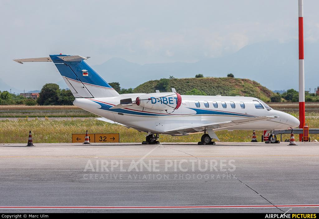 Private D-IBET aircraft at Brescia - Montichiari