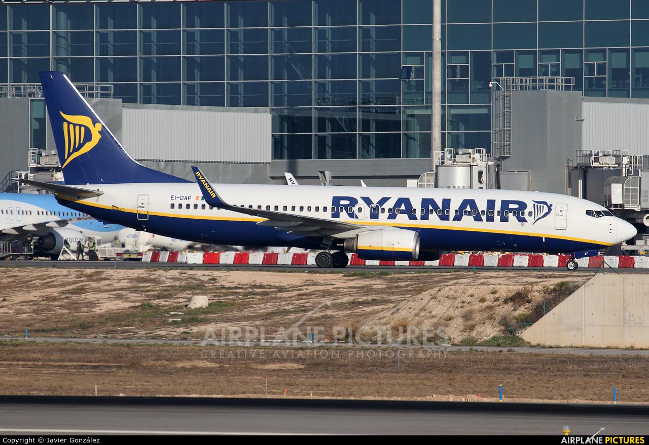 Ryanair EI-DAP aircraft at Alicante - El Altet