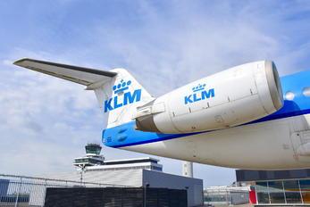 PH-OFE - KLM Cityhopper Fokker 100