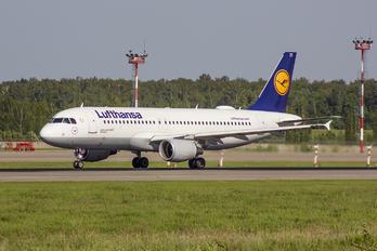 D-AIZE - Lufthansa Airbus A320