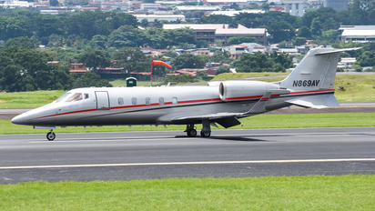 N869AV - Private Learjet 60