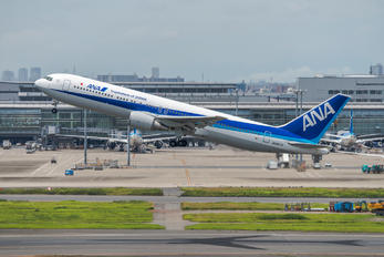 JA8674 - ANA - All Nippon Airways Boeing 767-300