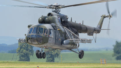 9904 - Czech - Air Force Mil Mi-171