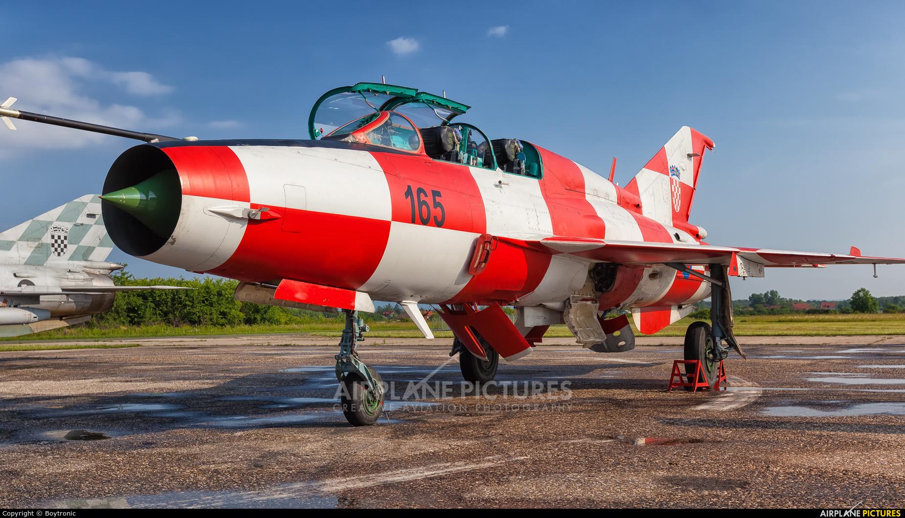 Croatia - Air Force 165 aircraft at Velika Gorica/ZTC