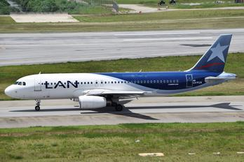LV-FUX - LAN Argentina Airbus A320