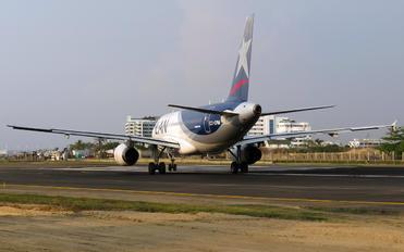 CC-CPM - LATAM Airbus A320