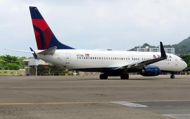 N775DE - Delta Air Lines Boeing 737-800