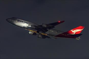 VH-OEB - QANTAS Boeing 747-400