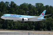 HL7207 - Korean Air Boeing 787-9 Dreamliner aircraft