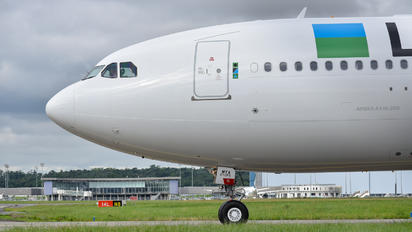 EC-MYA - LEVEL Airbus A330-200