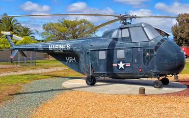 130252 - USA - Marine Corps Sikorsky UH-19B Chicasaw