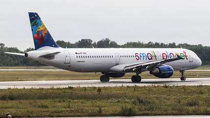 SP-HAZ - Small Planet Airlines Airbus A321