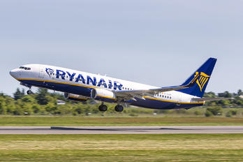EI-GJP - Ryanair Boeing 737-8AS