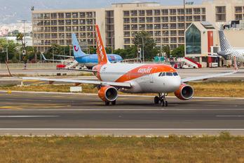 OE-IJG - easyJet Europe Airbus A320