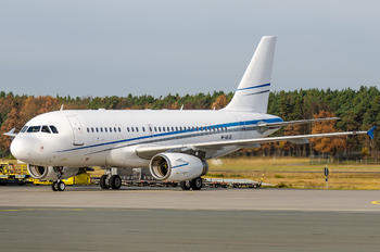 M-ABJE - FAI Rent-A-Jet Airbus A319 CJ