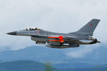 E-075 - Denmark - Air Force General Dynamics F-16A Fighting Falcon