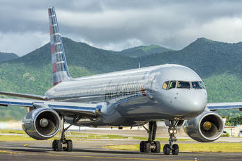 N940UW - American Airlines Boeing 757-200