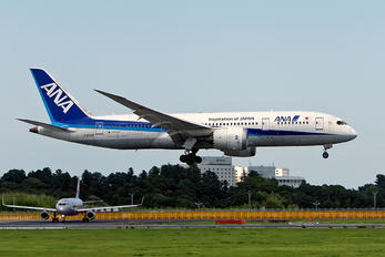 JA835A - ANA - All Nippon Airways Boeing 787-8 Dreamliner