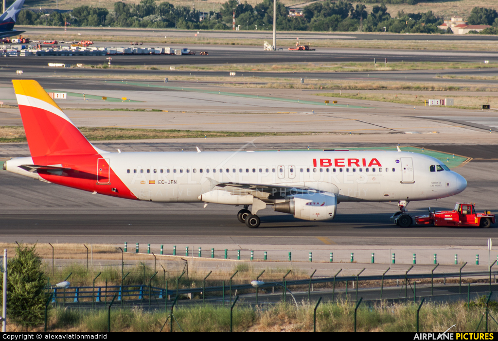 Iberia EC-JFN aircraft at Madrid - Barajas