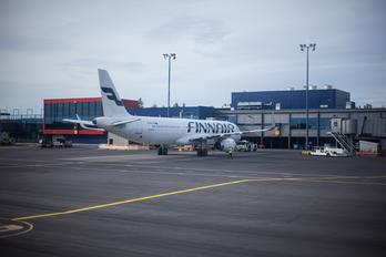 OH-LZK - Finnair Airbus A321