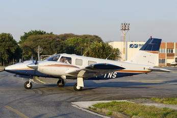 PR-TNS - Private Piper PA-34 Seneca