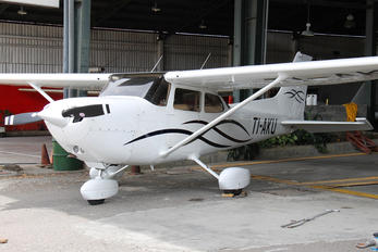 TI-AKU - Private Cessna 172 Skyhawk (all models except RG)