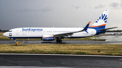 TC-SOE - SunExpress Boeing 737-800