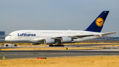 D-AIMC - Lufthansa Airbus A380