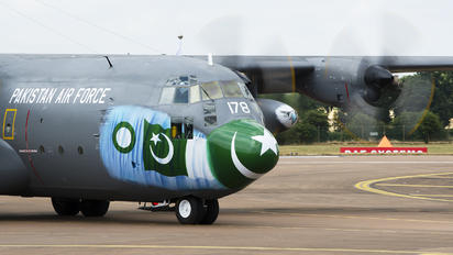 4178 - Pakistan - Air Force Lockheed C-130E Hercules