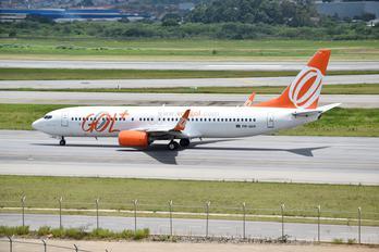 PR-GUX - GOL Transportes Aéreos  Boeing 737-800