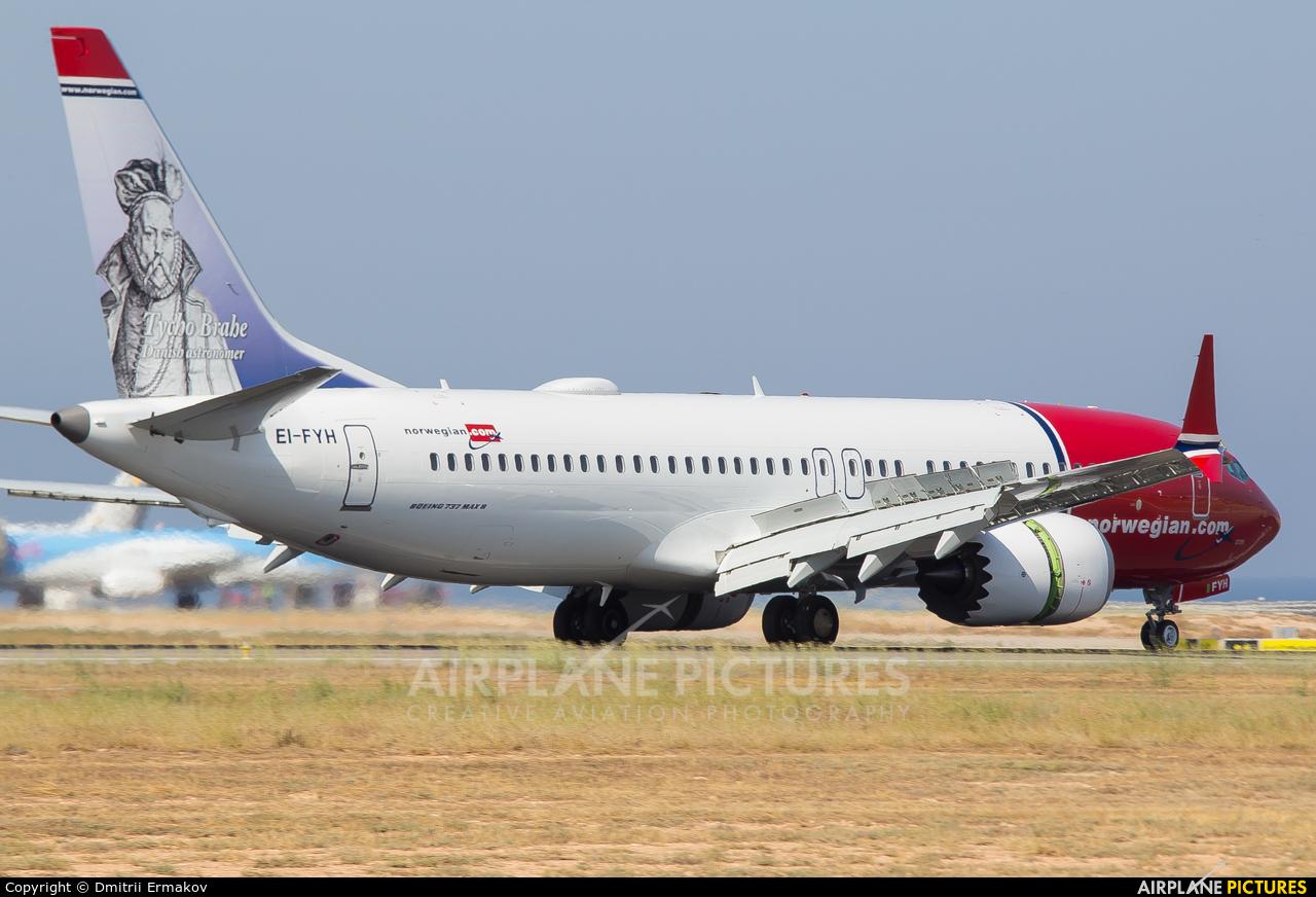 Norwegian Air Shuttle EI-FYH aircraft at Alicante - El Altet