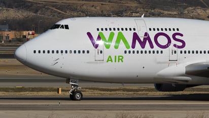 EC-KQC - Wamos Air Boeing 747-400