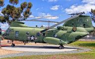 154803 - USA - Marine Corps Boeing CH-46E Sea Knight aircraft