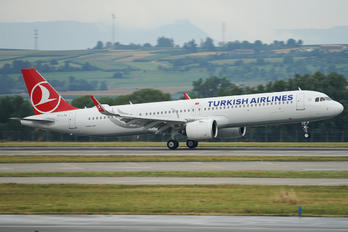 TC.LSA - Turkish Airlines Airbus A321 NEO