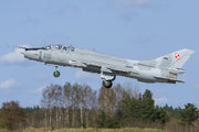 310 - Poland - Air Force Sukhoi Su-22UM-3K aircraft