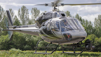 G-VGMC - Private Aerospatiale AS355 Ecureuil 2 / Twin Squirrel 2