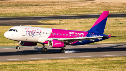 HA-LWE - Wizz Air Airbus A320