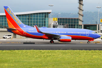 N200WN - Southwest Airlines Boeing 737-700