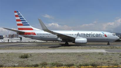 N827NN - American Airlines Boeing 737-800