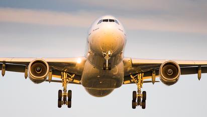 C-GPTS - Air Transat Airbus A330-200
