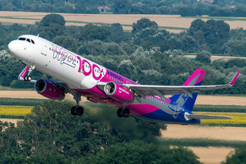 HA-LTD - Wizz Air Airbus A321