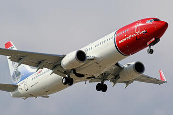 EI-FJS - Norwegian Air International Boeing 737-800