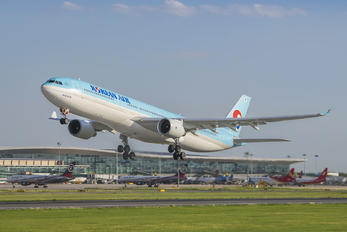 HL7524 - Korean Air Airbus A330-300