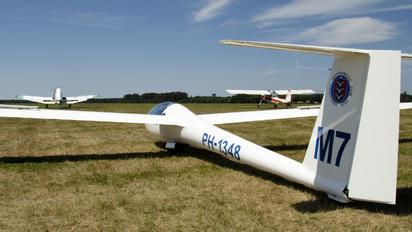PH-1348 - ACVZ-Amsterdamse Club Voor Zweefvliegen Rolladen-Schneider LS8