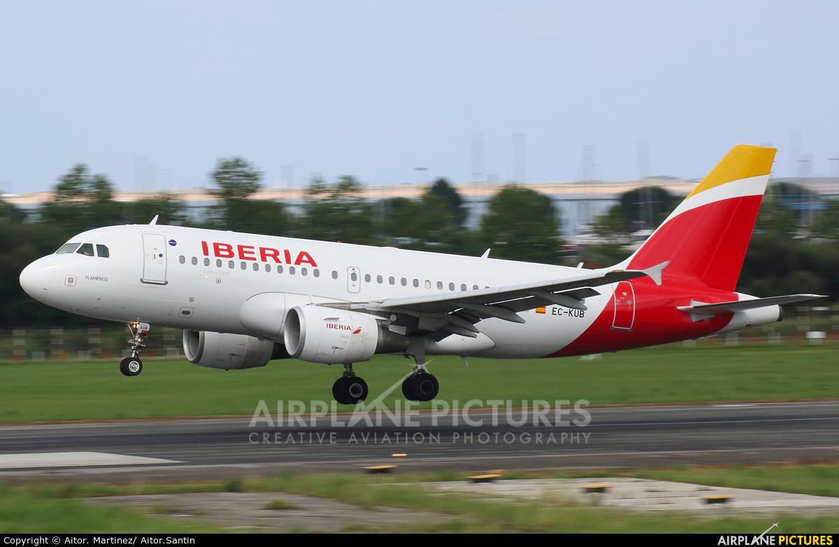 Iberia EC-KUB aircraft at Santander