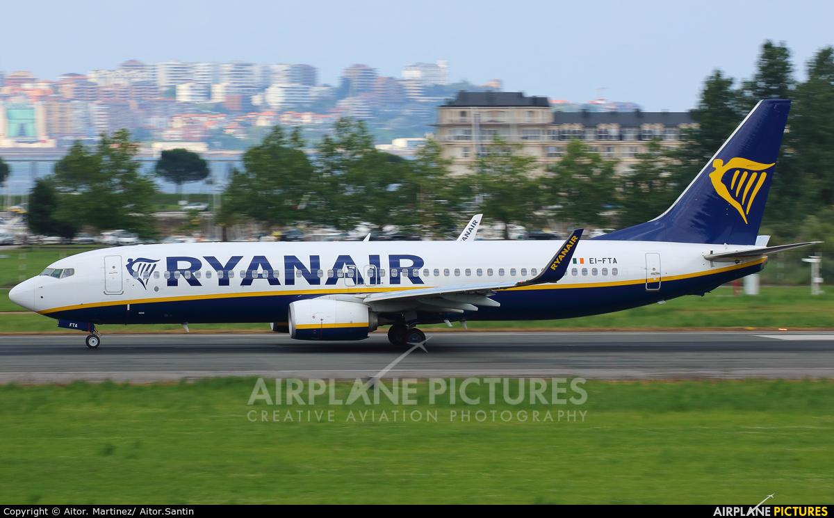 Ryan Air EI-FTA aircraft at Santander