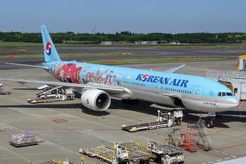 HL8250 - Korean Air Boeing 777-300ER