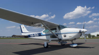 HA-BDI - Private Cessna 182 Skylane (all models except RG)