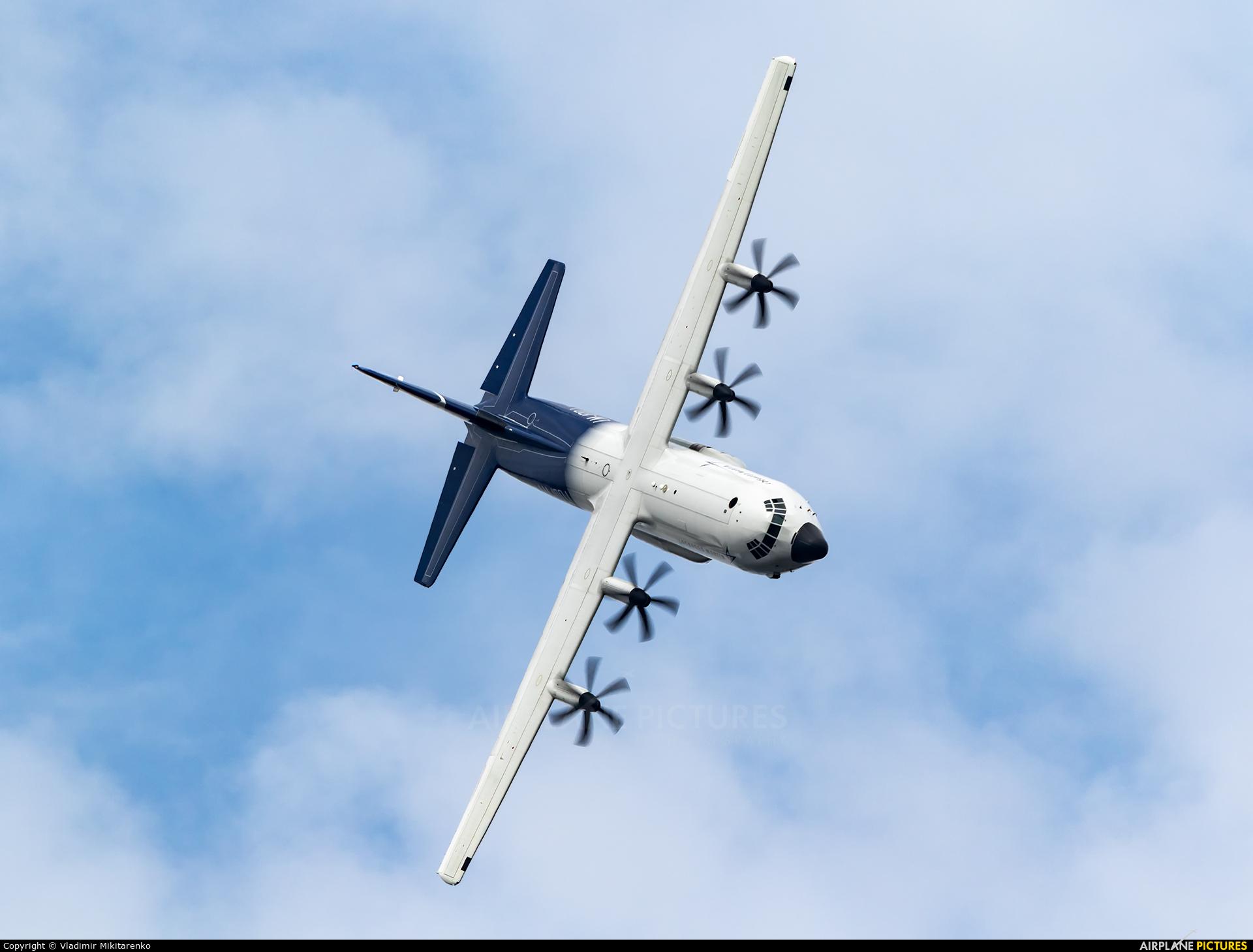 Lockheed Martin N5103D aircraft at Farnborough